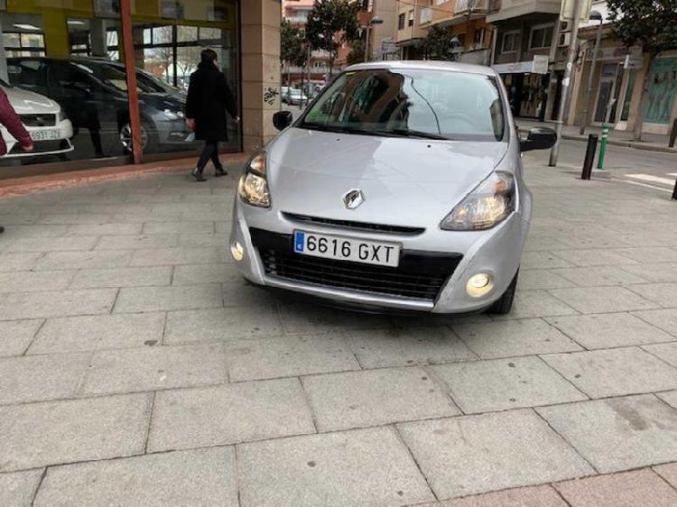 Renault Clio 2010 gasolina 75cv