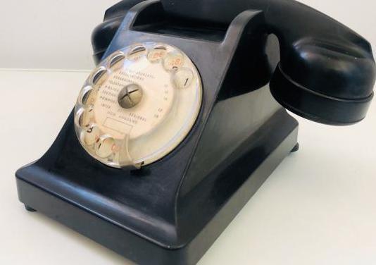 Teléfono vintage baquelita