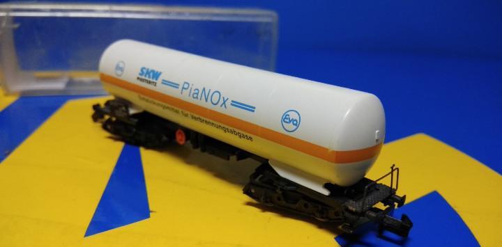 Vagon de mercancias escala n arnold cisterna pianox nueva