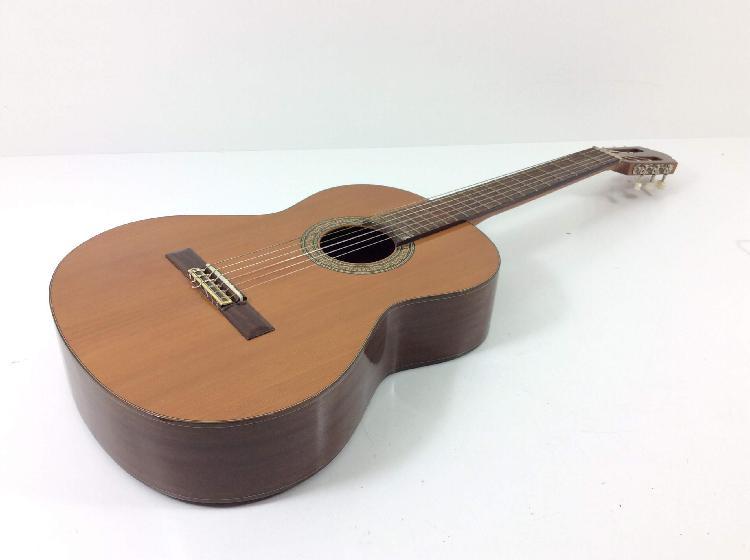 Guitarra clasica alhambra 3c cedro