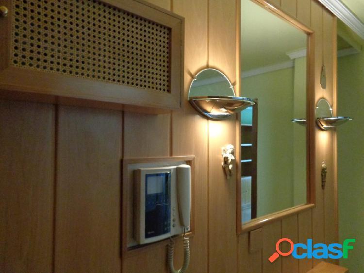Luminoso y Amplio Apartamento en Pleno Centro de la Ciudad, junto Fuente Dorada de 1 habitación 2