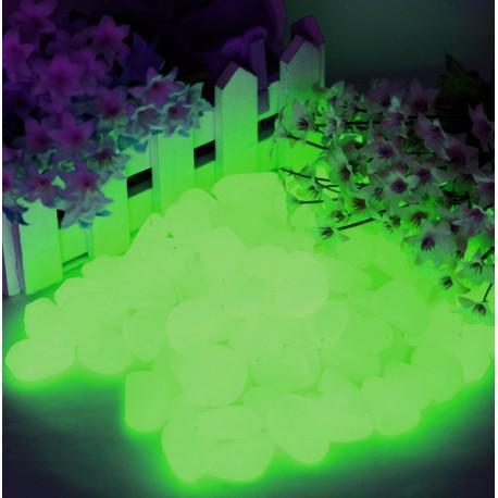 40 piedras verde fluorescentes en la oscuridad