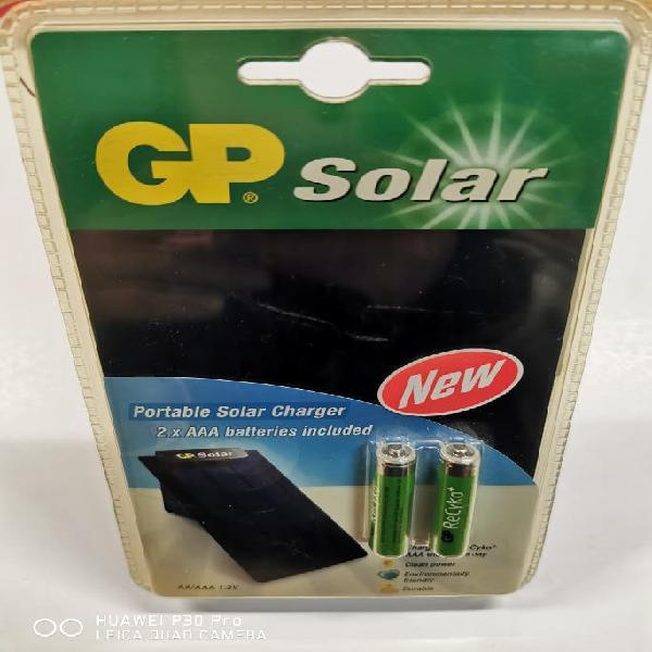 Cargador solar pilas aa