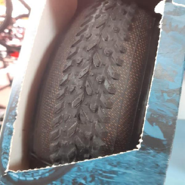 Cubierta bicicleta 700x33 carretera gravel