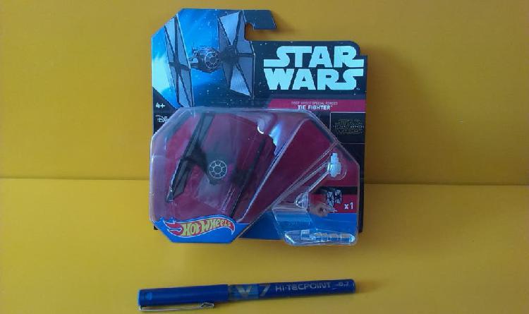 First order tie fighter-hotwheels-star wars