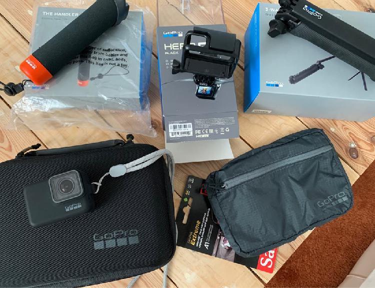 Gopro 5 black + accesorios originales