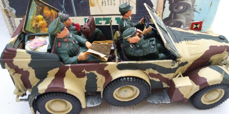 Maqueta de vehículo de mando alemán a 1/35
