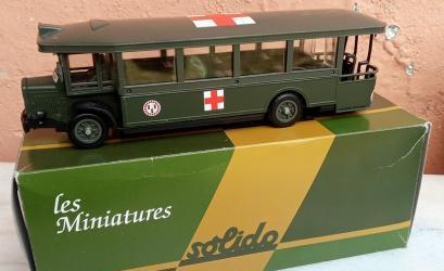Sólido autobús tn6c serie militar cruz roja esc 1/50