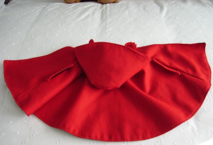 Antigua capa roja de mariquita perez, descatalogada,