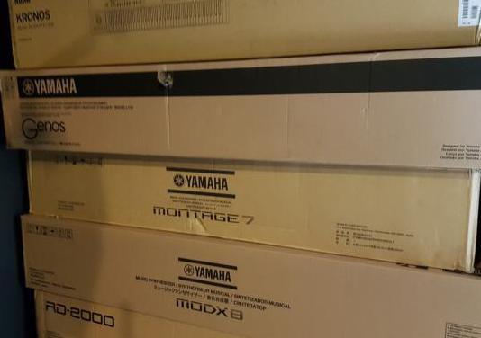 Embalajes originales de varios teclados