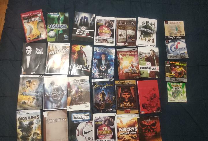 Lote 23 manuales pc y 31 caratulas juegos pc + 4 manuales