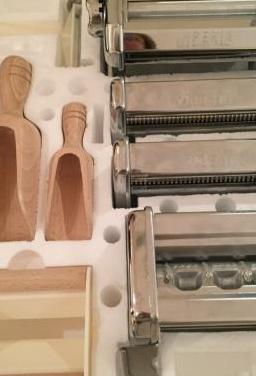 Máquina para hacer pasta fresca.