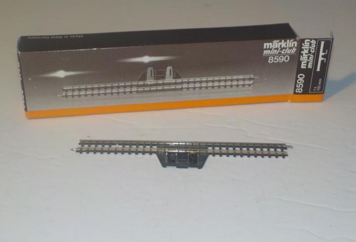 Marklin 8590 vía de toma de corriente. longitud 110 mm
