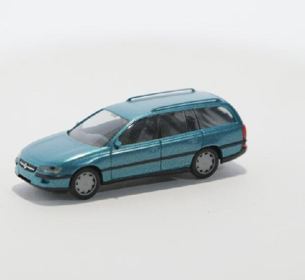 Opel omega caravan cd 1/87 h0 herpa
