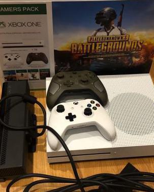 Xbox one s 1 tb, 3 juegos y 1 mando