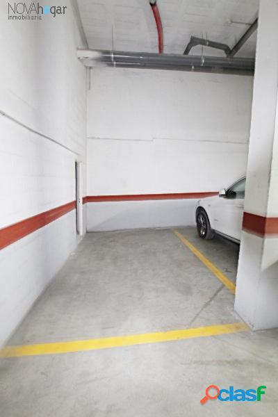 Plaza de garaje con trastero en estación de cártama