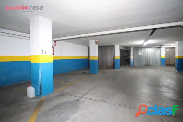 Plaza de garaje para moto.