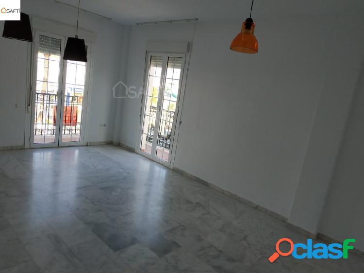Luminoso piso exterior de 3 dormitorios, magnifico salon, cocina equipada y gran azotea en el corazon de la carlota (cordoba)