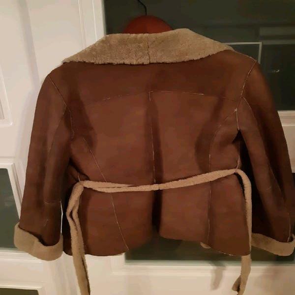 Abrigo de cuero tintoretto