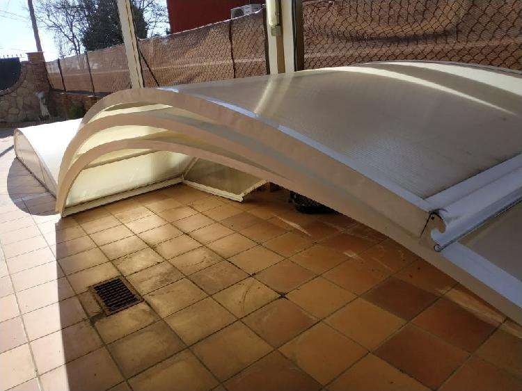 Cubierta de piscina telescópica