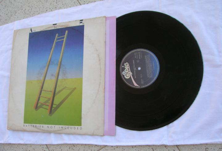 Disco lp del grupo,after the fire,batteries not included