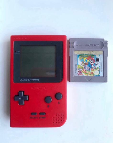 Gameboy pocket roja y super mario land 2