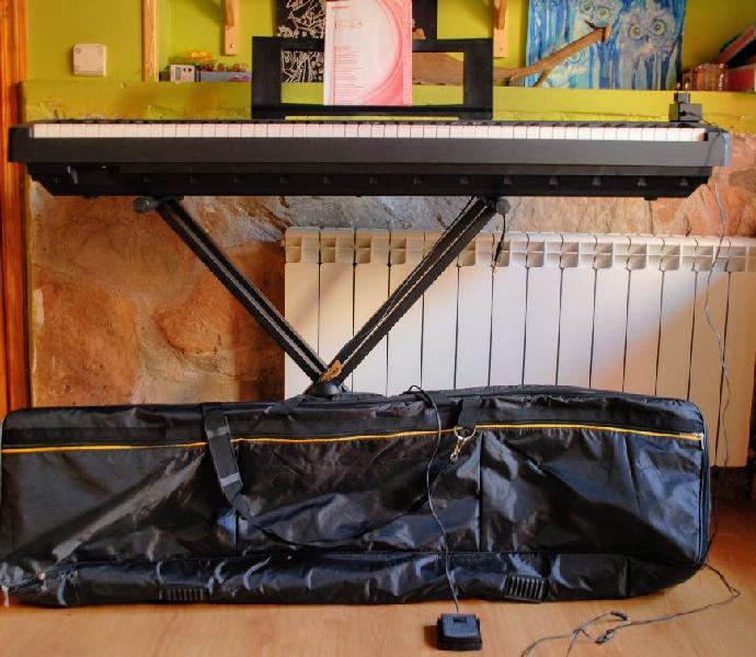 Piano digital yamaha p-45 y soporte