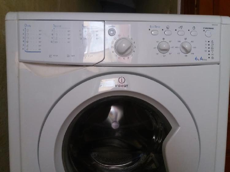 Indesit lavadora con transporte