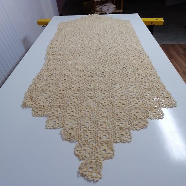 tapete camino de mesa color tostado