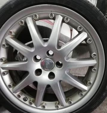 Llantas aluminio ford 18 pulgadas. 5 tornillos