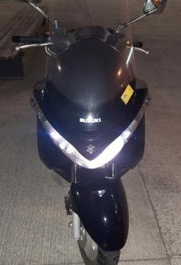 Suzuki burgman 200 (2010-2013)