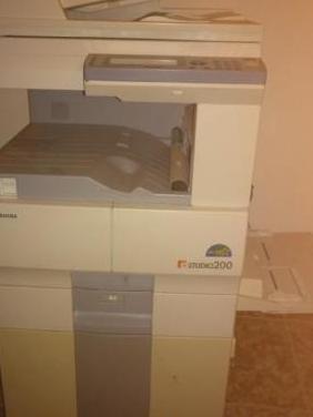 Fotocopiadora toshiba e-studio 200