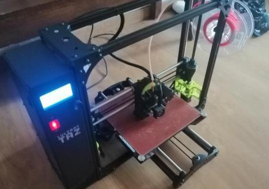 Impresora 3d lulzbot taz 6