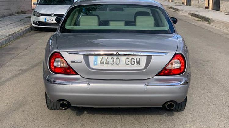 Jaguar xj xj8 3.5 v8 l executive aut.
