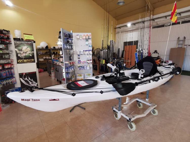 Kayak alboran + sonda lowrance hook 4k
