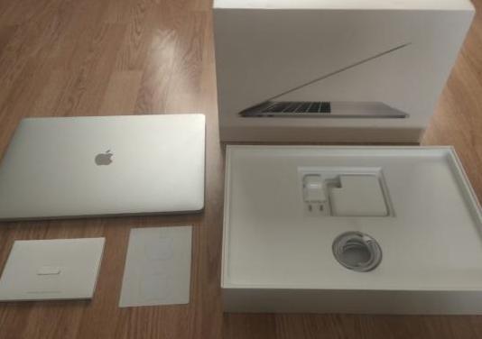 "Macbook pro - apple - 15"" - 2.6 x4 - 16gb"
