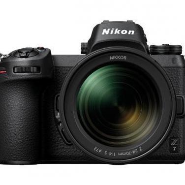 Nikon evil z7 con objetivo 24-70mm f/4
