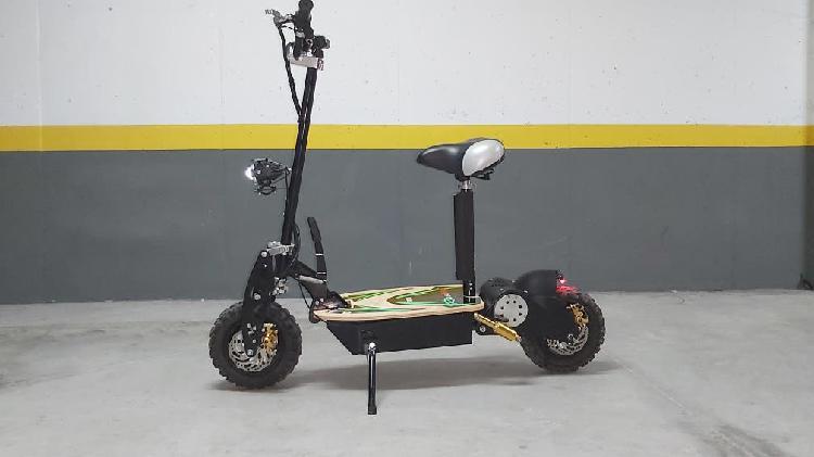 Se vende patinete electrico 1800w como nuevo
