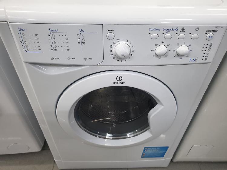 Lavadora secadora indesit!! garantia!!