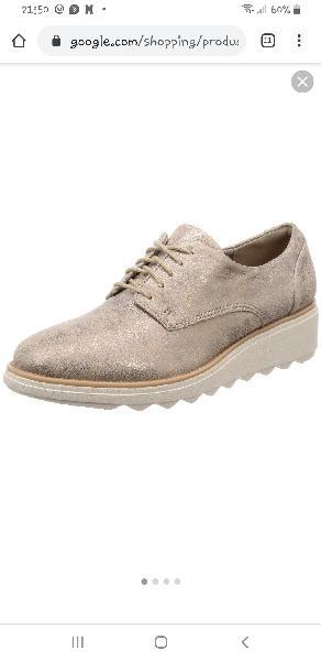 Zapatos de mujer de piel clarks