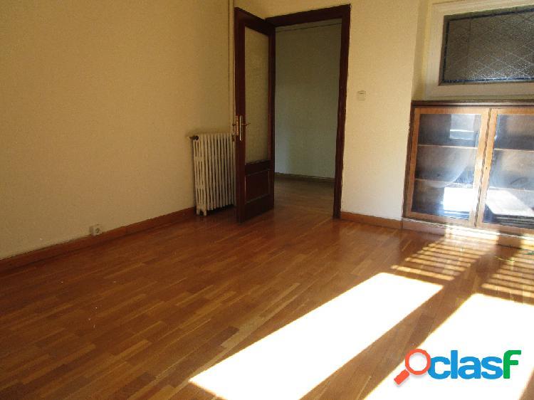 Urbis te ofrece un piso en alquiler con opción a compra en zona centro, salamanca.