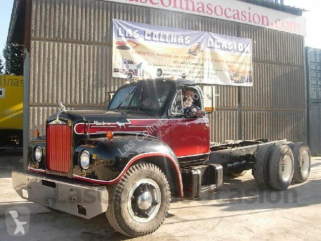Cabeza tractora Mack V61T Euro 1 usado