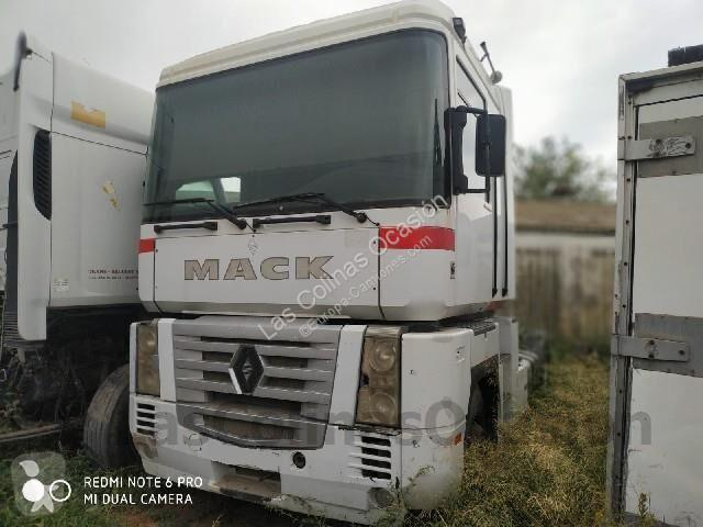 Cabeza tractora nc REANULT 480 18 T Euro 3 usado