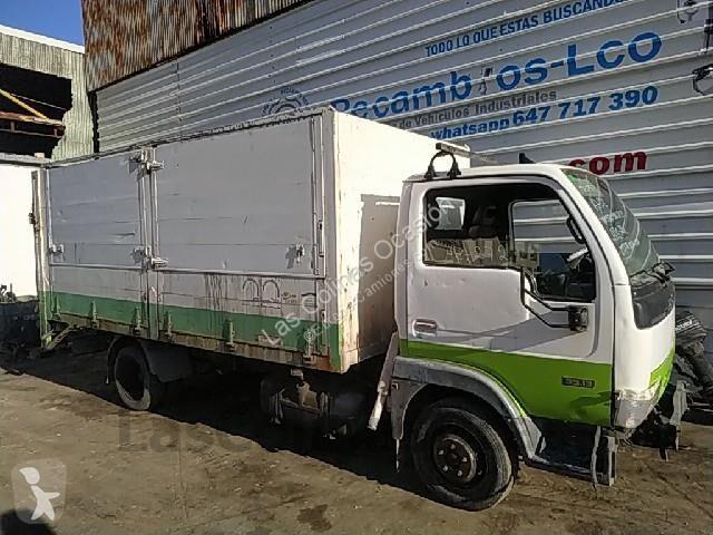 Camión Nissan furgón CABSTAR 35.13 usado