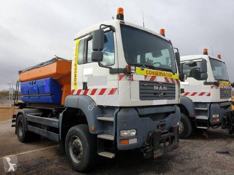 Camión quitanieves MAN TG 310 A Euro 3 usado