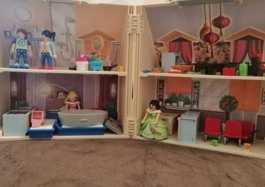 Dos casas de playmobil