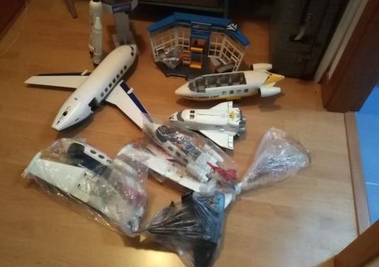 Lote aeropuerto y aviones playmobil