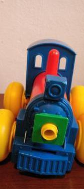 Tren juguete.
