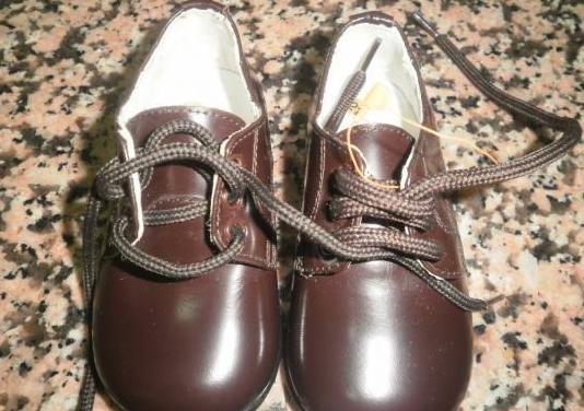 Zapatos piel niño n.21