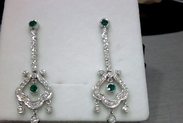 Pendientes oro blanco 18 kts,esmeraldas y diamantes
